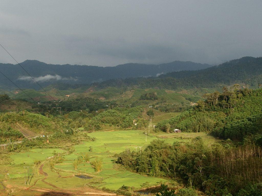 ラオス国境近く、フエ省