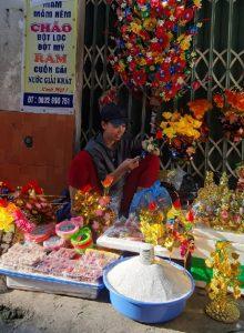 かまどの神様の日のために、ベトナム・フエ市