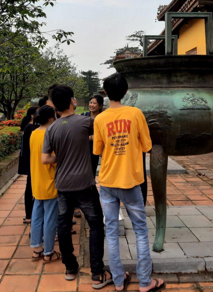 ベトナム・フエ、王宮の中で