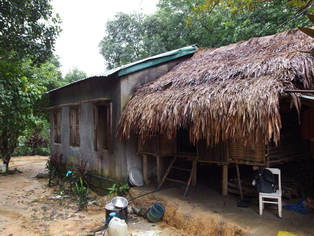 少数民族の集落の家、ベトナム・フエ