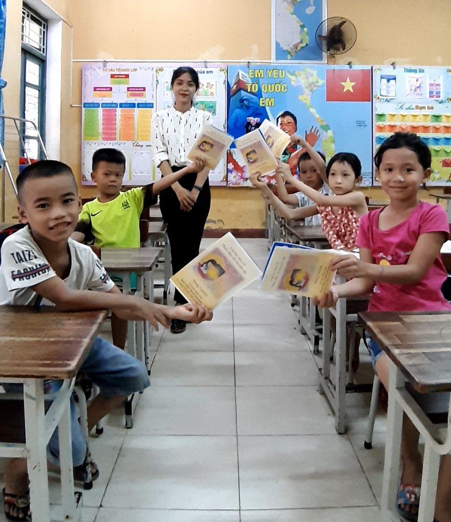 2020年小学生夏季補習クラス、フエ市・ベトナム