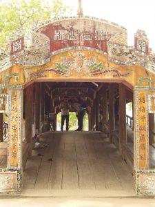 旧タントアン橋・フエ市・ベトナム
